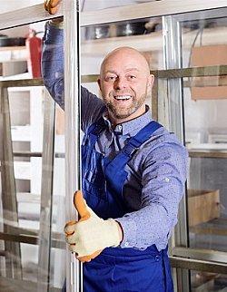 Neue Fenster von der Deutschen Fensterbau - dem Handwerker der Zukunft